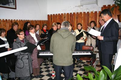 20090209135644-coro-de-almocita.jpg