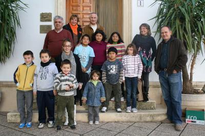 20101202134307-ninos-almocita.jpg